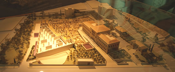 model of the excavation with the Bavarian military hospital still standing