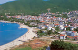 the town of Stavros with its nice beach